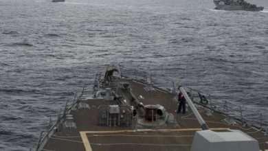 حرب المحيطات.. الصين تعلن حالة استنفار بسبب سفينتين حربيتين أمريكيتين أبحرتا قرب جزرها 5
