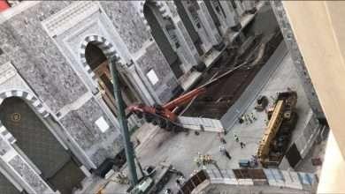 صورة بالصور : سقوط رافعة في الحرم سبب السقوط