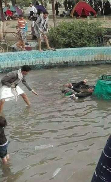 """صور : مقتل 3 أشخاص في حديقة السبعين في صنعاء بسبب صعق الكهرباء """" فرحة العيد إنتهت بجنازة"""""""