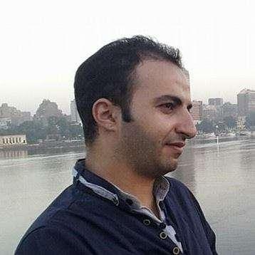 """صحفي يمني يعرض كليته للبيع """" موسى العيزقي"""""""