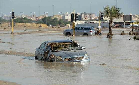 صورة الكويت تغرق بسبب الأمطار التي هطلت خلال الأيام الماضية