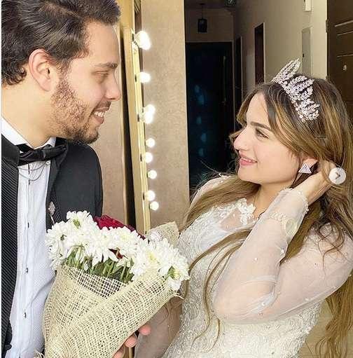 صورة زواج احمد حسن على زينت  بـ نورا يثير ضجة في مواقع التواصل