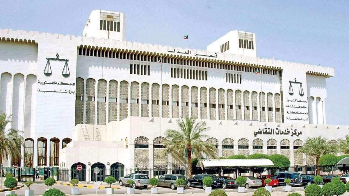 صورة تحويل عشرة من مشاهير وسائل التواصل الاجتماعي في الكويت الى الأمن القومي