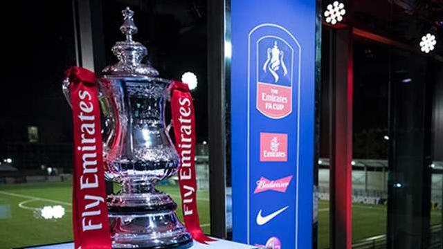 كأس الاتحاد الإنجليزي: تشيلسي وجيرود يتفوقان على مانشستر يونايتد ويتأهلان إلى النهائي!