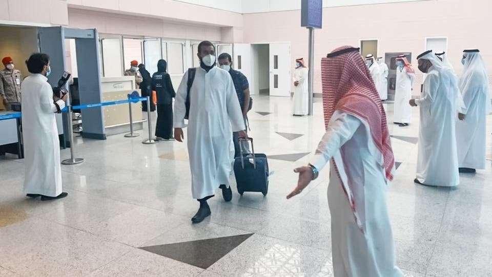 صورة رسميا..وصول الدفعة الأولى من الحجاج إلى مكة المكرمه